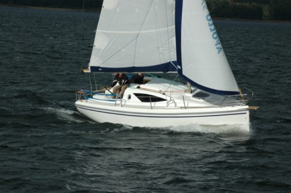 Antila 24 - idealny jacht na czarter bez patentu